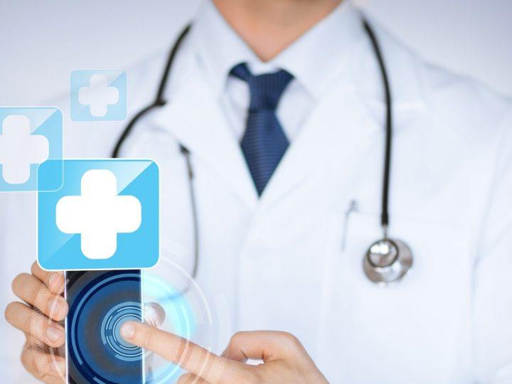Médicos e redes sociais: ambiente é descontraído, mas respeito ao paciente deve ser mantido