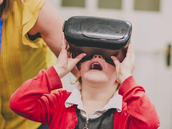 Como a realidade virtual contribui para a melhoria na área da saúde